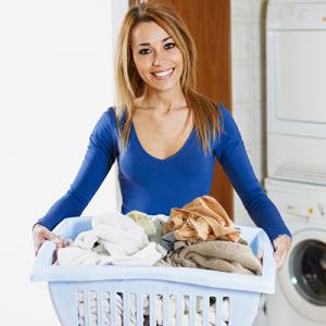 debo lavar la ropa nueva antes de ponermela