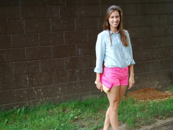 Stylish Ways to Wear a Chambray shirt0221 - Como Combinar Una Blusa De Mezclilla