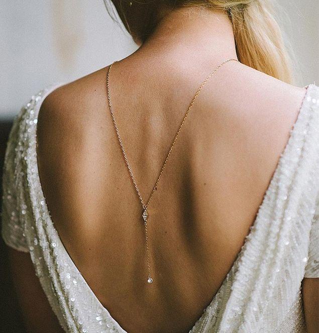 como-usar-un-collar-minimalista