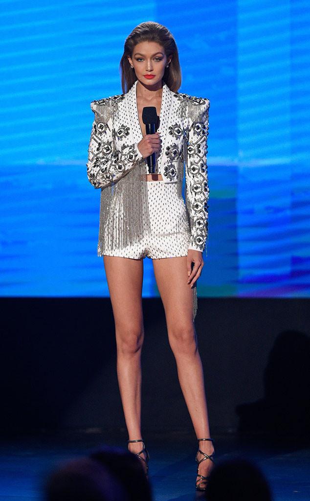 Gigi Hadid en los AMAs 2016