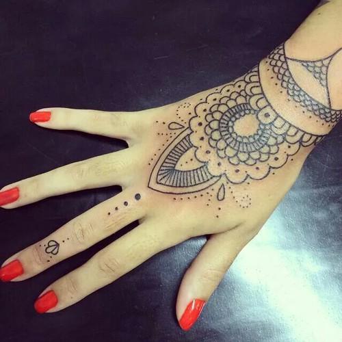 tatuajes-para-la-mano