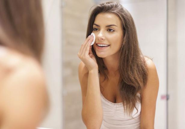 Como eliminar manchas de tu rostro con agua de arroz