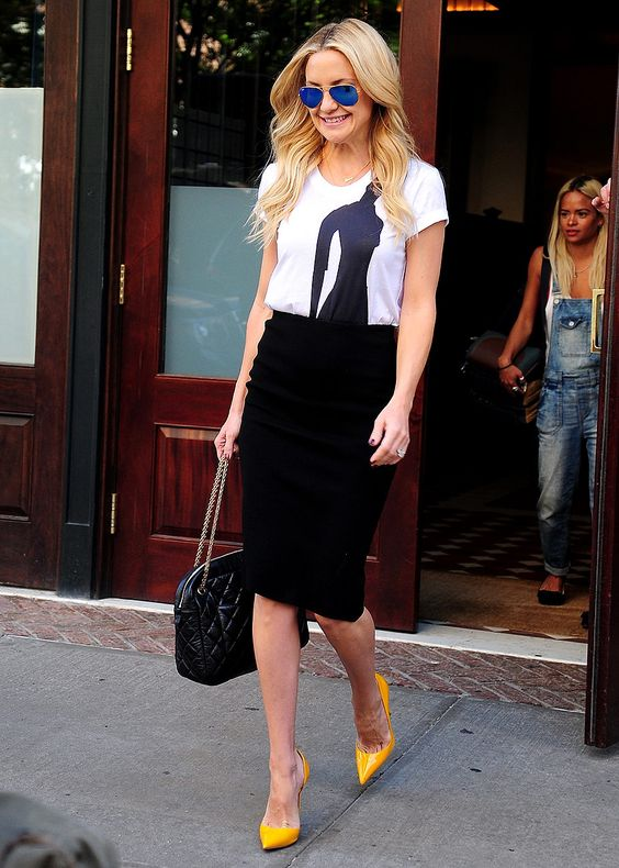 falda negra - Prendas Básicas Que No Deben Faltar En Tu Closet