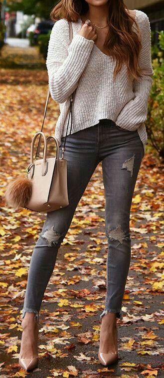 jeans outfit - Prendas Básicas Que No Deben Faltar En Tu Closet