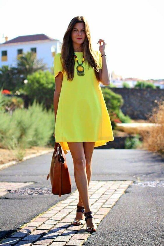 vestidos neon - 12 Tendencias De Moda Que Les Encanta A Los Hombres