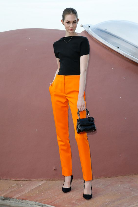 pantalon naranja - Increíbles Outfits Naranja El Color Del Verano