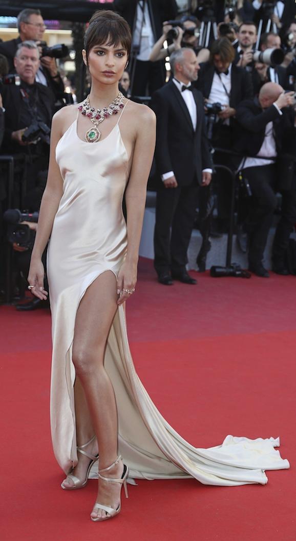 vestido beige copia - Los Vestidos Mas Hermosos De Cannes 2017