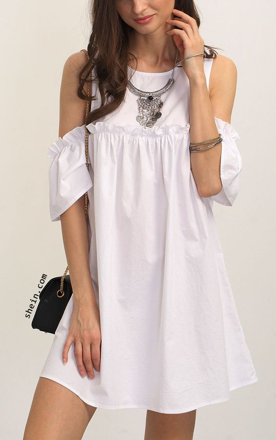 vestido blanco1 - 15 Vestidos Blancos Que Son Perfectos Para El Verano