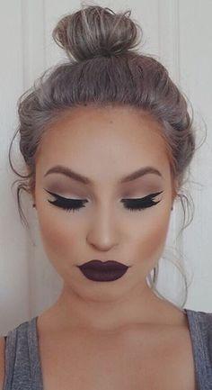 labial negro mate1 - Maquillajes Con Labial Negro Mate Que Te Encantaran