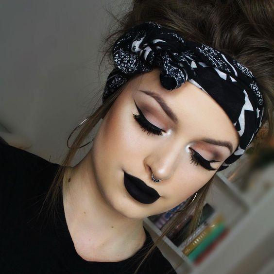 labial negro mate5 - Maquillajes Con Labial Negro Mate Que Te Encantaran