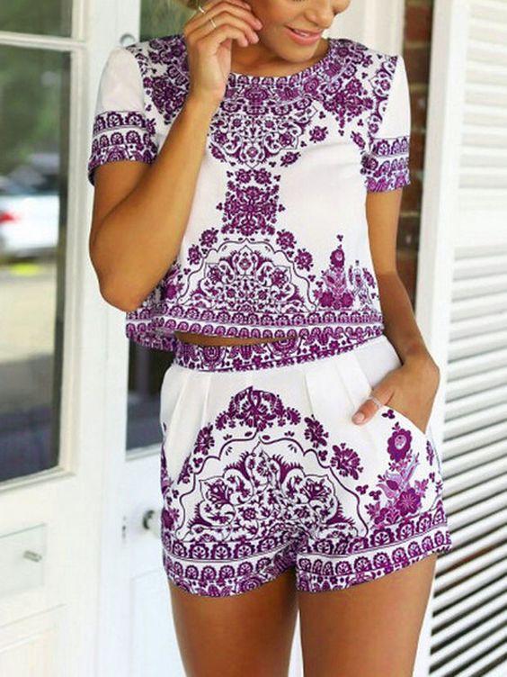 short estampado azulejo - Outfits Con Shorts Para Esta Semana Santa