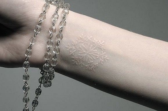 tatuajes tinta blanca 1 1 - Hermosos Tatuajes Con Tinta Blanca