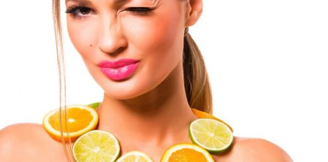 10 Alimentos para una piel radiante y luminosa