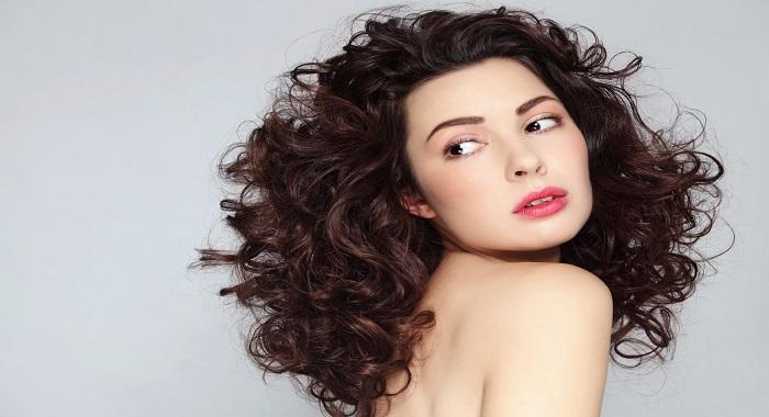 Descubre porqué debes usar aceite de ricino para el cabello