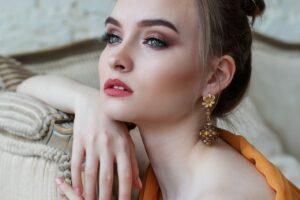 El maquillaje que deberías utilizar te explico ¿Por qué?