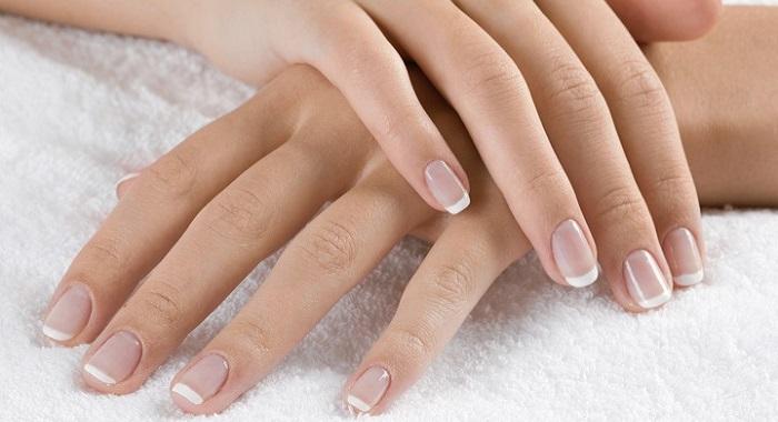 Lo que necesitas hacer para fortalecer tus uñas en casa