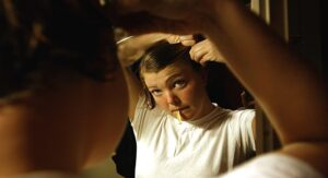 Trucos para aplicar cera en el cabello