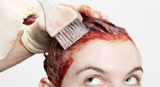 Proceso efectivo para teñir la raíz del pelo