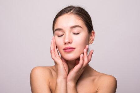 5 razones por las que deberías usar un tónico facial