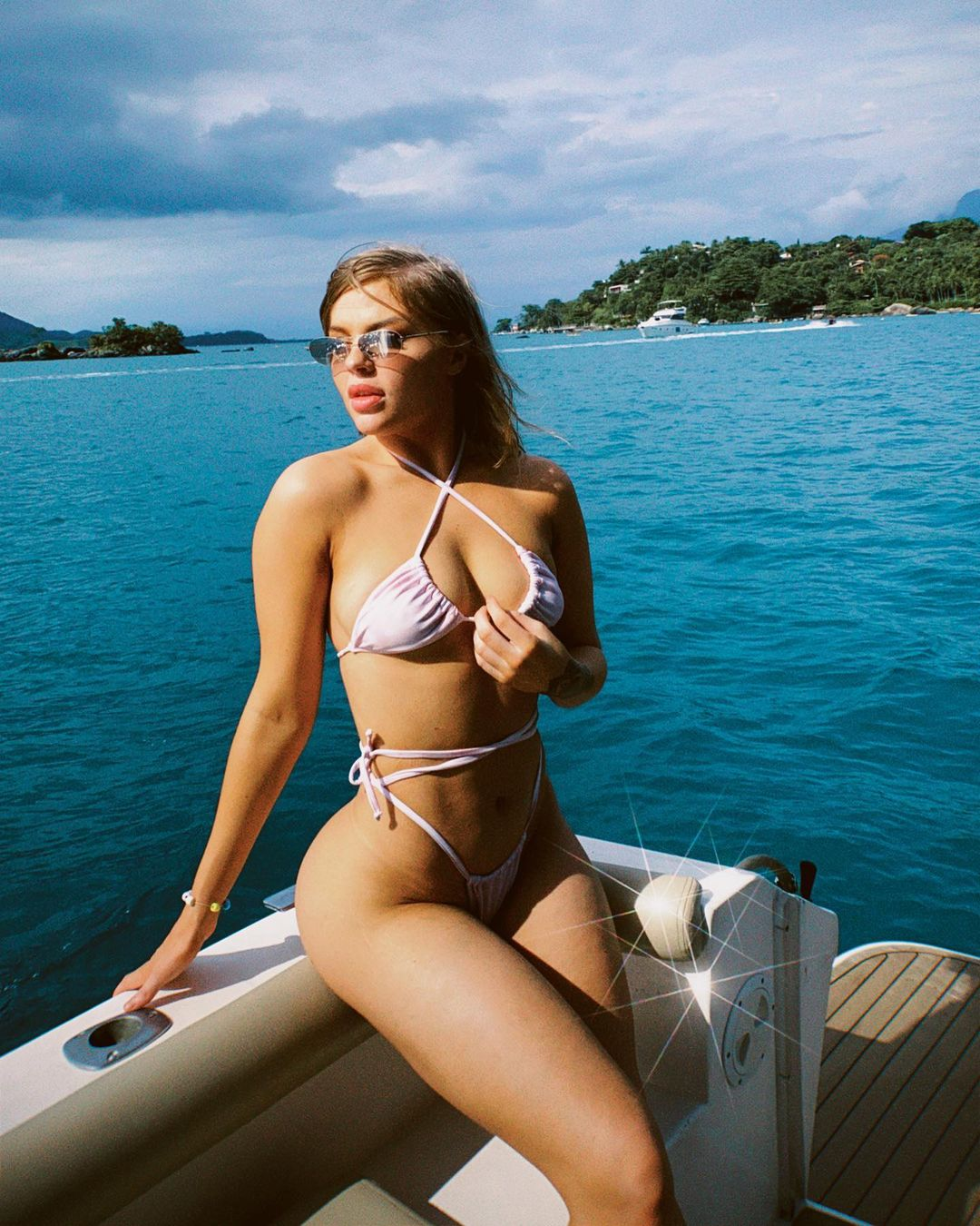 1612584047 436 11 maneiras de arrasar no verao - 11 formas de atar el bikini e innovar con la pieza