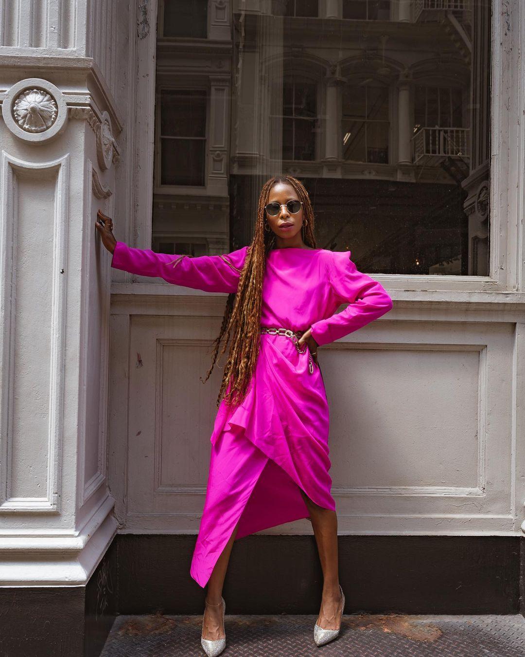 1612584555 673 echa un vistazo a las opciones para comprar y 30 - 40 modelos de vestidos rosas para un look que no pasa desapercibido