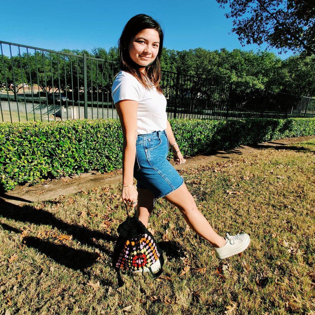 1612585365 423 40 fotos para combinar la pieza con tu look - 40 inspiraciones increíbles para que uses la mochila de crochet
