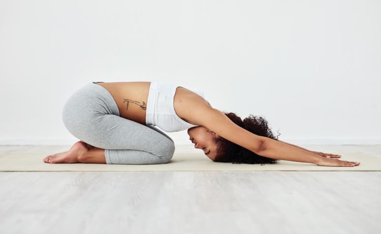 1612588276 221 Descubre los beneficios de practicar yoga para dormir y empieza - Descubre los beneficios de practicar yoga para dormir y empieza esta noche