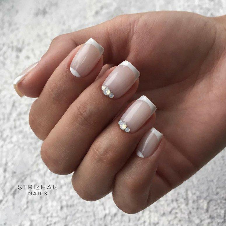 1612704767 520 40 unas deslumbrantes y delicadas con esmalte de unas azul - 40 uñas deslumbrantes y delicadas con esmalte de uñas azul claro
