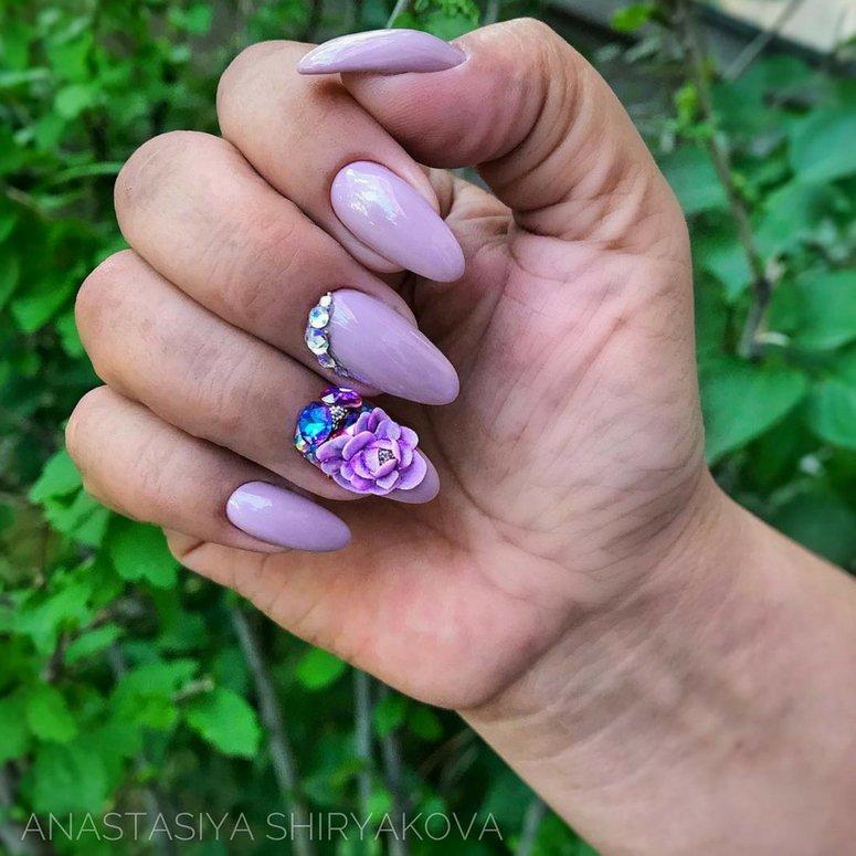 1612704767 815 40 unas deslumbrantes y delicadas con esmalte de unas azul - 40 uñas deslumbrantes y delicadas con esmalte de uñas azul claro