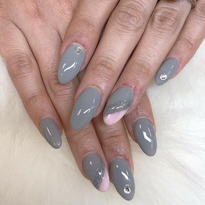 1612704767 887 40 unas deslumbrantes y delicadas con esmalte de unas azul - 40 uñas deslumbrantes y delicadas con esmalte de uñas azul claro