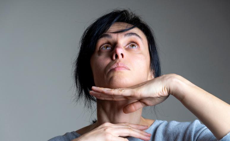 1613148600 635 Descubre la practica del yoga facial y todos sus beneficios - Descubre la práctica del yoga facial y todos sus beneficios.