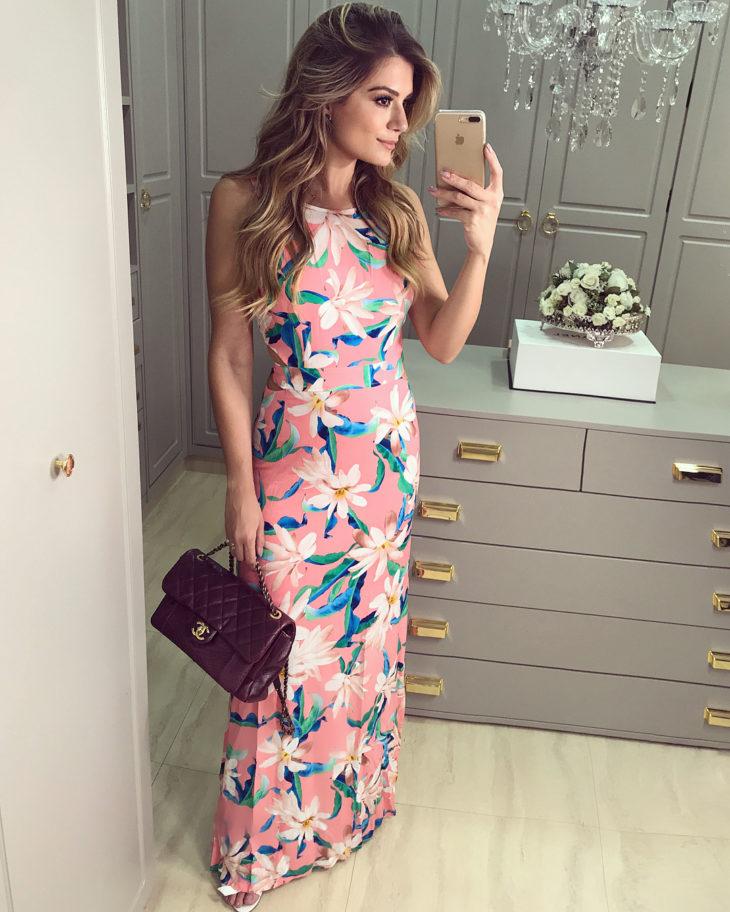 1613158070 248 32 inspiraciones de vestidos de oro rosa llenas de elegancia - 32 Inspiradores vestidos rosas llenos de elegancia y estilo