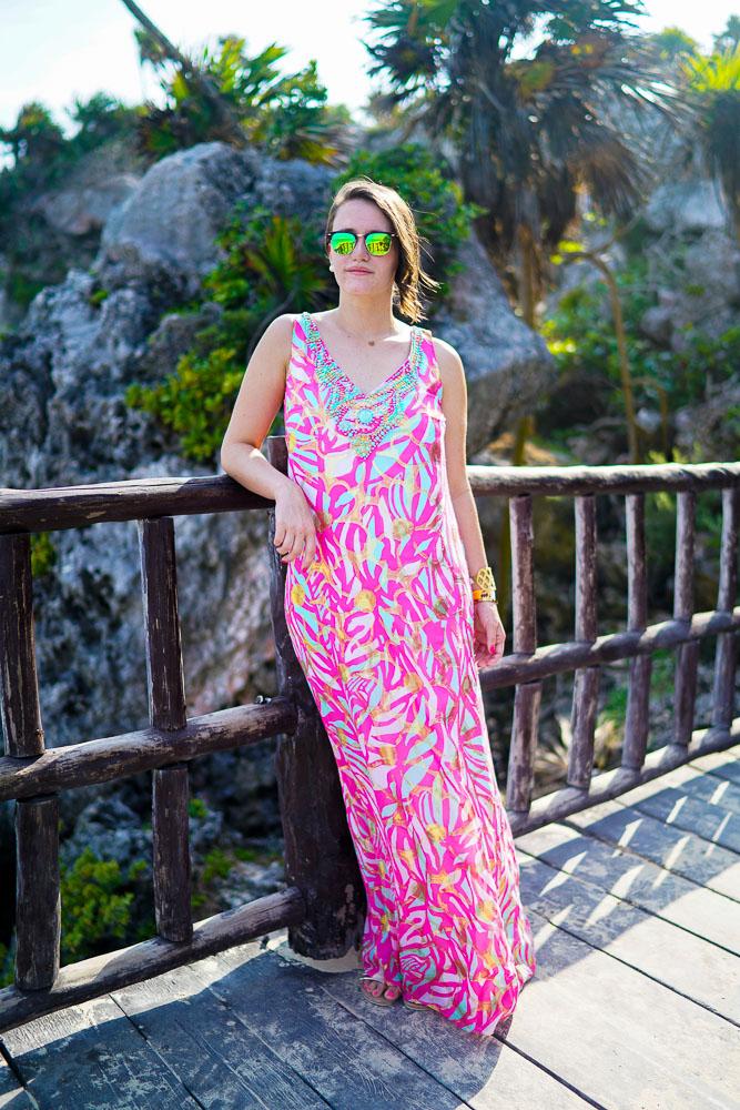 1613158071 483 32 inspiraciones de vestidos de oro rosa llenas de elegancia - 32 Inspiradores vestidos rosas llenos de elegancia y estilo