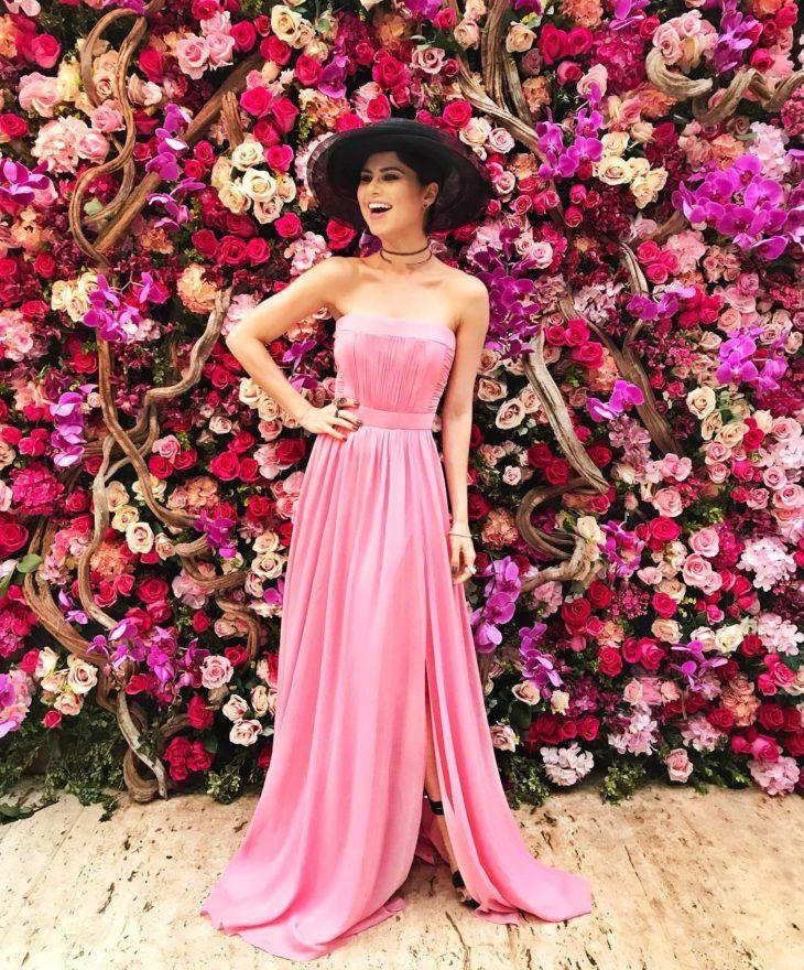 1613158071 995 32 inspiraciones de vestidos de oro rosa llenas de elegancia - 32 Inspiradores vestidos rosas llenos de elegancia y estilo