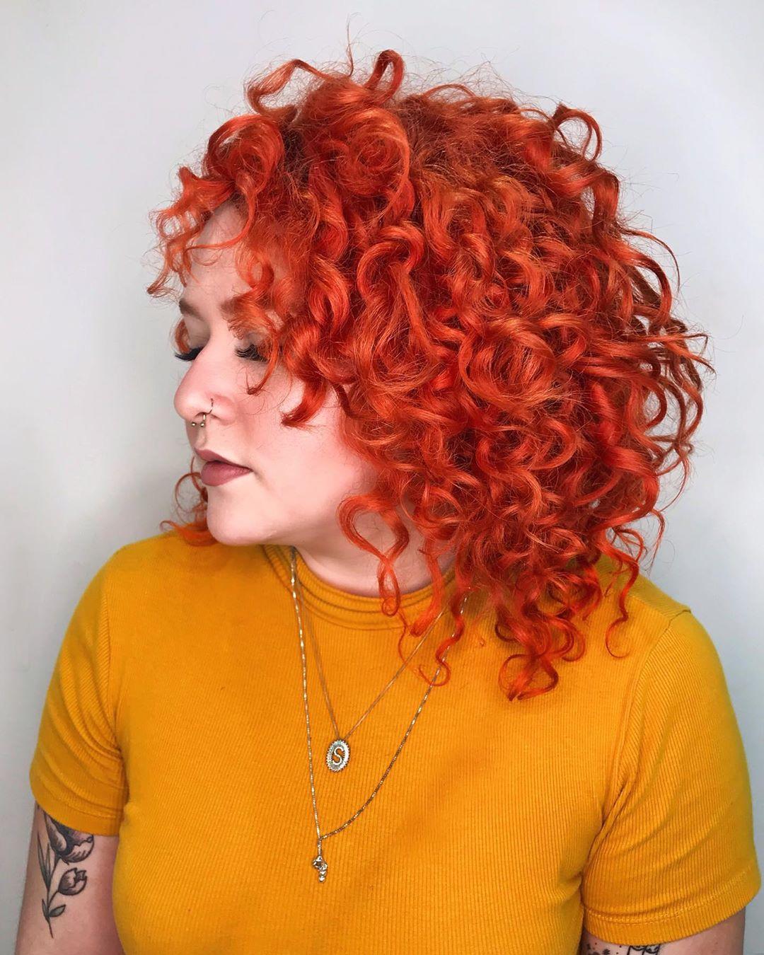 1613259555 198 20 inspiraciones consejos para colorear y como conseguir la pelirroja - 20 Inspiradores tintes rojizos, cuidados y como conseguirlos