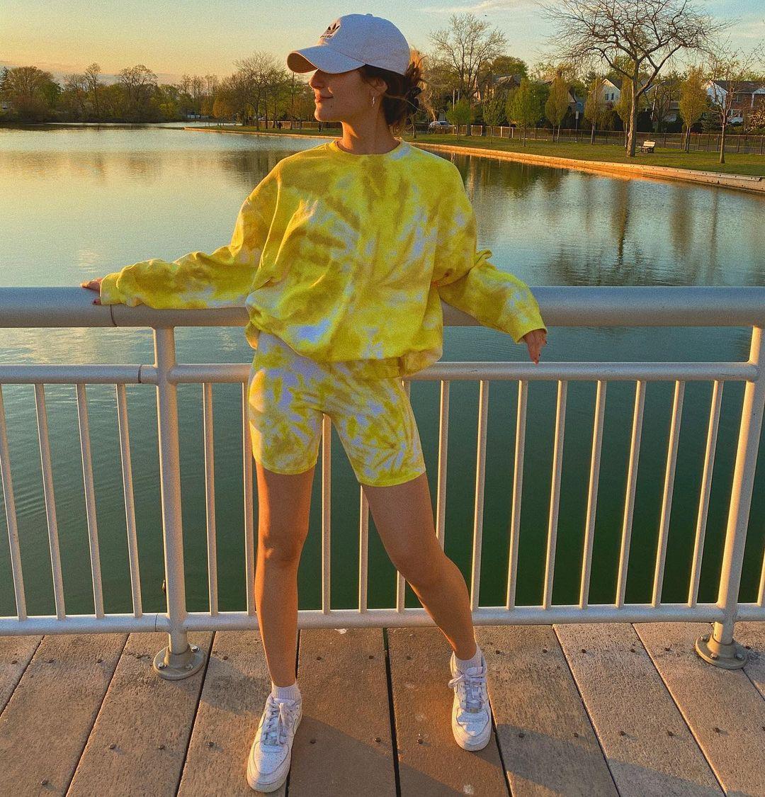 1613949339 963 Inspiraciones y vestido tie dye paso a paso para invertir en - Inspiraciones y vestido tie-dye paso a paso para invertir en tendencia