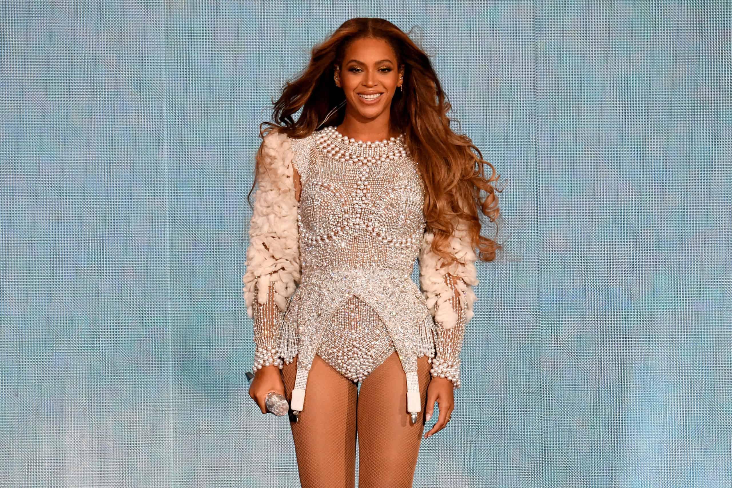 La fundación 'BeyGOOD' de Beyoncé se asocia con Adidas para brindar alivio a los afectados por las tormentas invernales