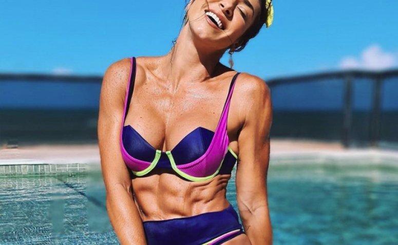 En este momento estás viendo 30 modelos de bikini Tumblr para hacer tu verano aún más caluroso