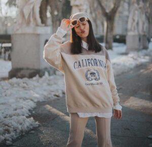 camisa social por baixo de moletom 300x291 - Miles de outfits que inspiraran tu dia