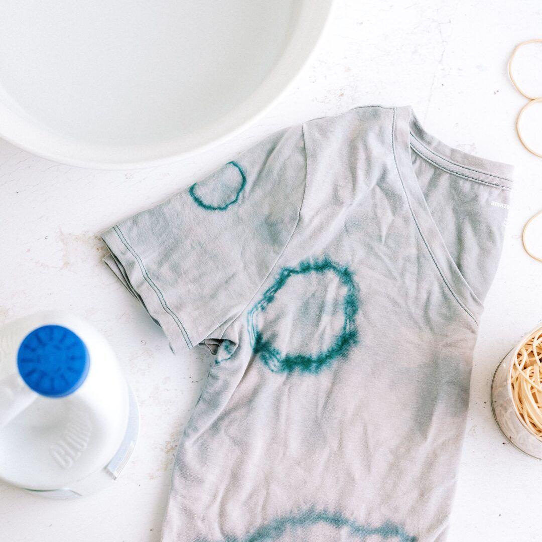 Cómo quitar las manchas de lejía: consejos eficaces para la ropa