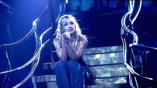 Lee más sobre el artículo Britney Spears aparentemente responde a un documental no autorizado sobre su batalla por la tutela