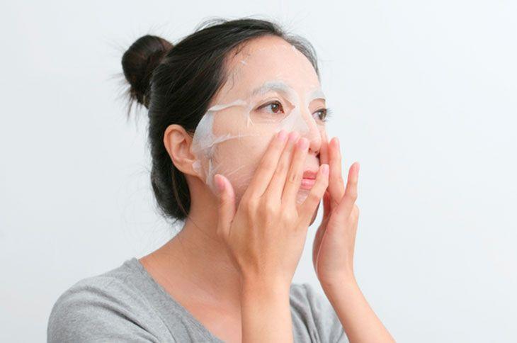 En este momento estás viendo Máscara coreana, ¿qué es?  Tipos, beneficios, cómo usar y dónde comprar