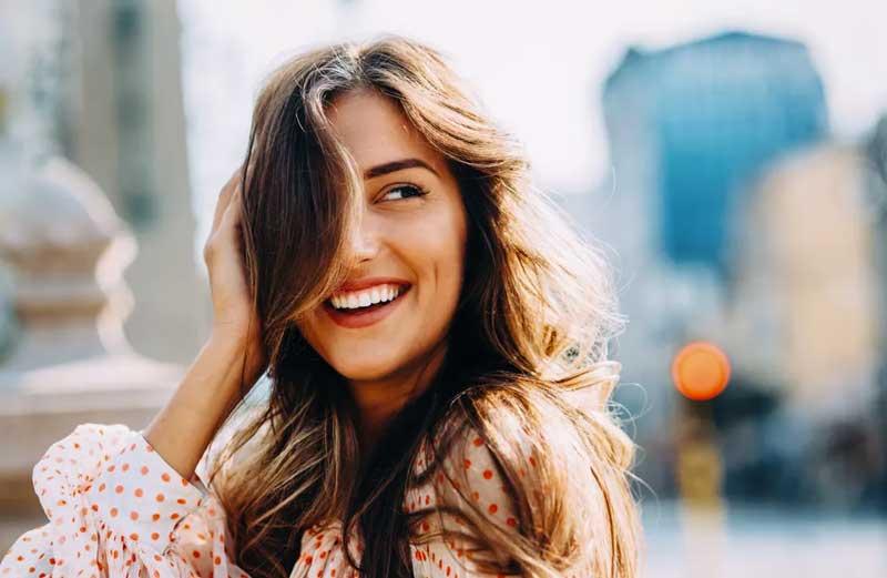 En este momento estás viendo Alimentos que aumentan la producción de queratina para un cabello más fuerte y hermoso