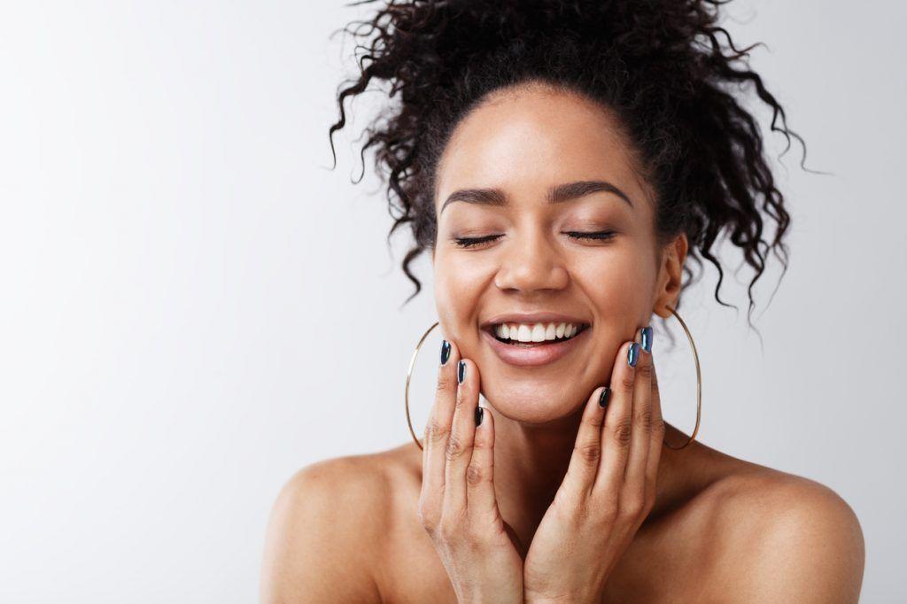 En este momento estás viendo Vitaminas para que la piel esté más hidratada, sana y bella