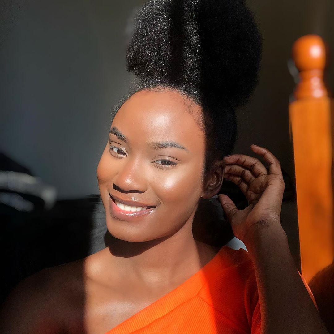1614808650 948 30 peinados cortos y rizados llenos de personalidad y estilo - 30 peinados cortos y rizados llenos de personalidad y estilo