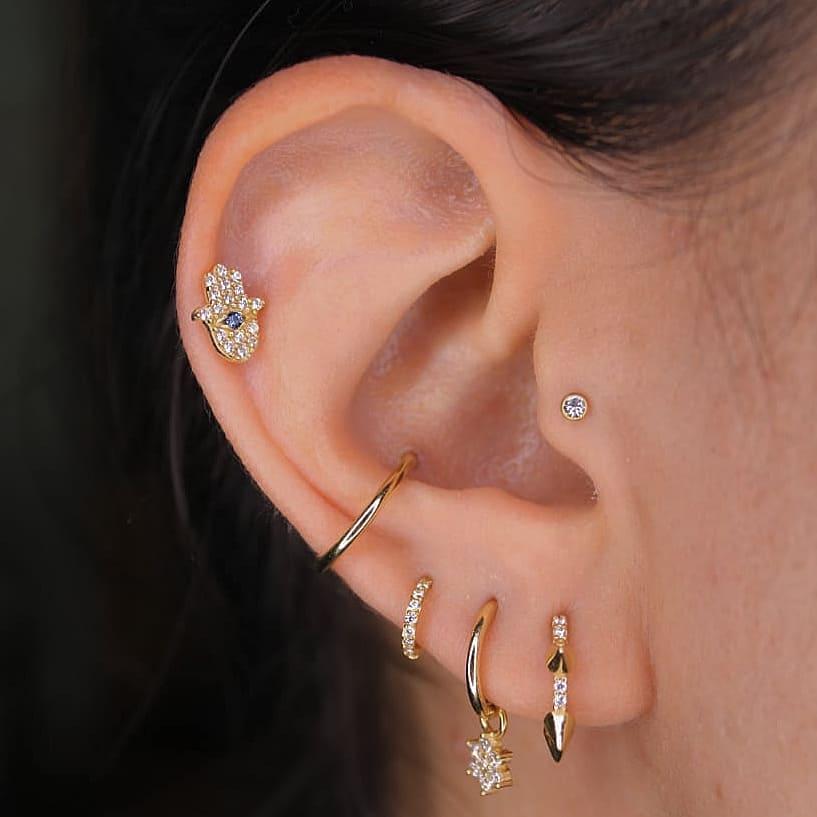 1614906206 17 15 inspiraciones de perforacion de labret y consejos para perforar - 30 fotos de piercing en orejas para querer el tuyo hoy