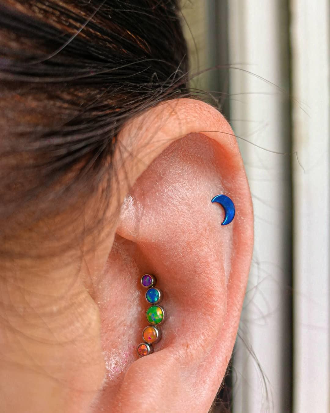 1614906207 842 15 inspiraciones de perforacion de labret y consejos para perforar - 30 fotos de piercing en orejas para querer el tuyo hoy