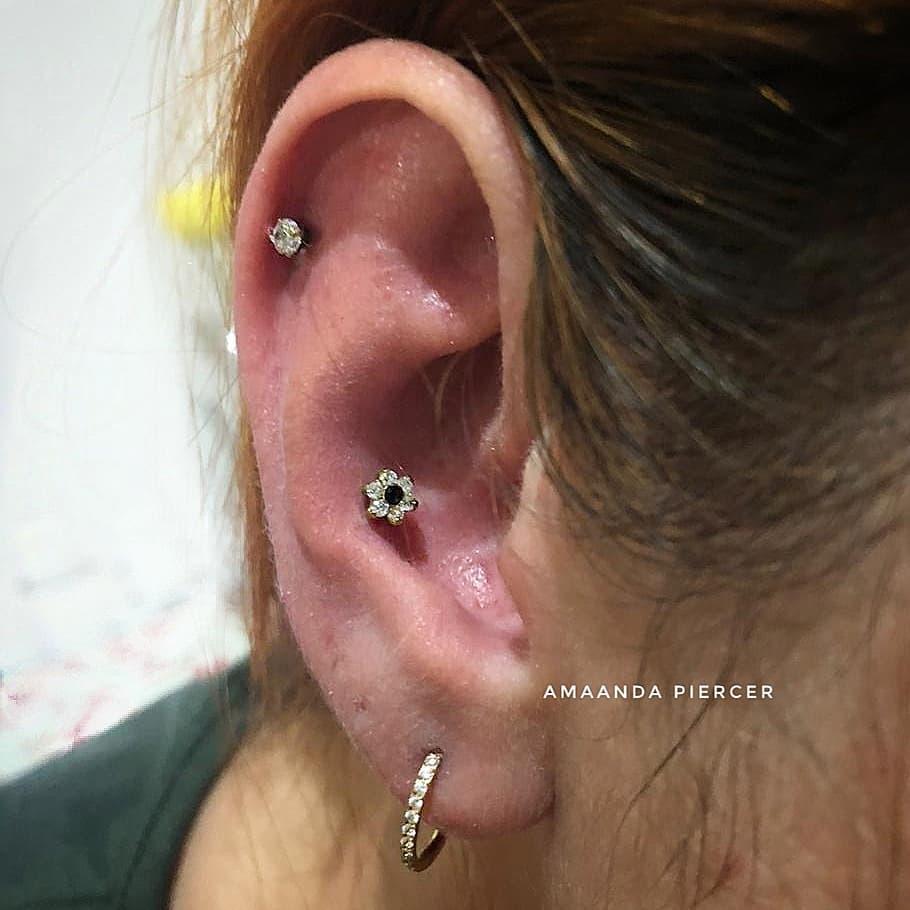 1614906208 2 15 inspiraciones de perforacion de labret y consejos para perforar - 30 fotos de piercing en orejas para querer el tuyo hoy