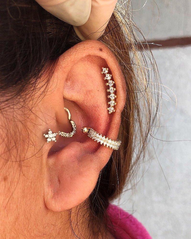 1614906212 456 15 inspiraciones de perforacion de labret y consejos para perforar - 30 fotos de piercing en orejas para querer el tuyo hoy