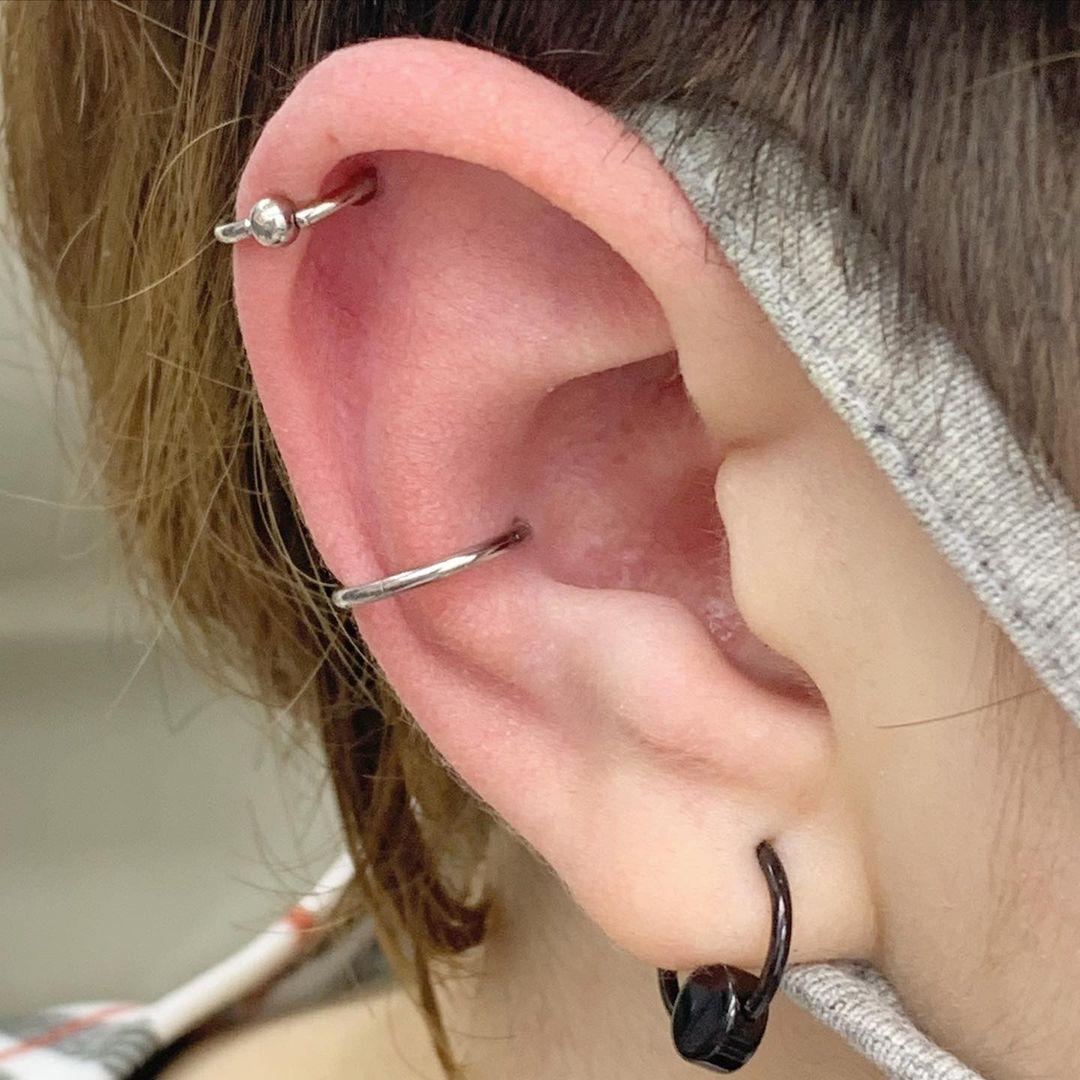 1614906212 915 15 inspiraciones de perforacion de labret y consejos para perforar - 30 fotos de piercing en orejas para querer el tuyo hoy